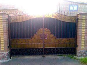 Распашные ворота фото № 1-36