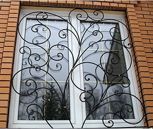 Установка решеток на окна в Киеве заказать