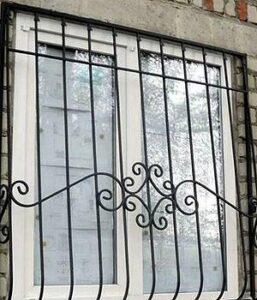 Установка решеток на окна в Киеве цена